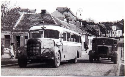 Obrázek Pohlednice historických vozidel - autobusu NDO evid. č. 68