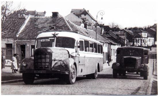 Obrázek z Pohlednice historických vozidel - autobusu NDO evid. č. 68